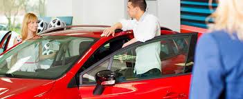 Choisir une voiture de location comme moyen de transport